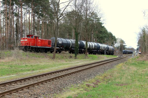 Rangierbetrieb in Kablow mit WLF-Lok 9 (BR 346), 07.04.2016