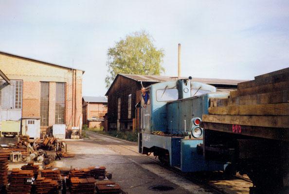 1994: Diesellok mit Waggon