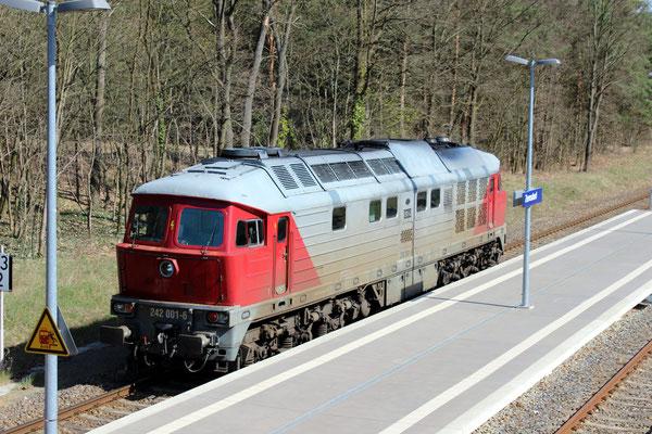 08.04.2016: Lok 242 001 der EKO Stahlwerke Eisenhüttenstadt