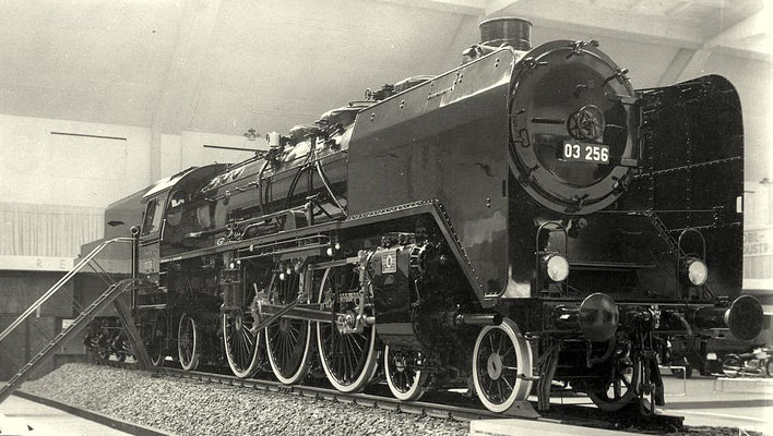"""03 256 auf der Ausstellung """"Deutschland"""" 1936 (Ansichtskarte)"""