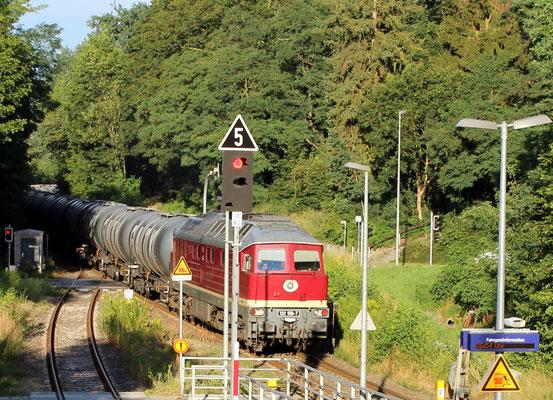 21.07.2016: LEG-Lok 132 158 mit Kesselwagenzug nach Kablow