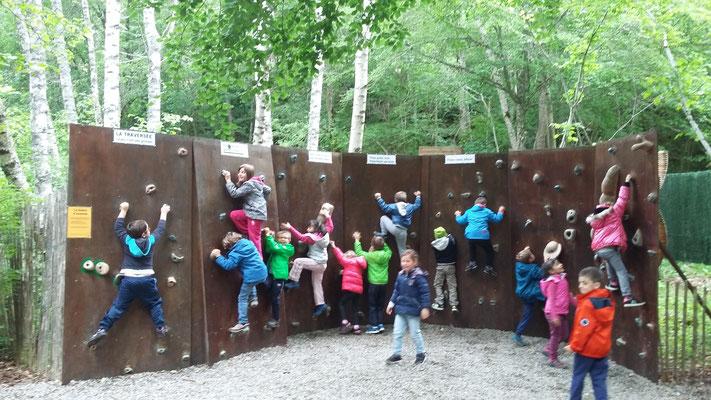 Mur d'escalade.