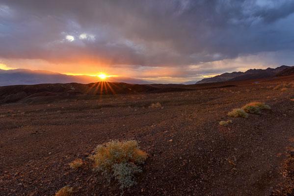 Sonnenuntergang im Death Valley, Kalifornien