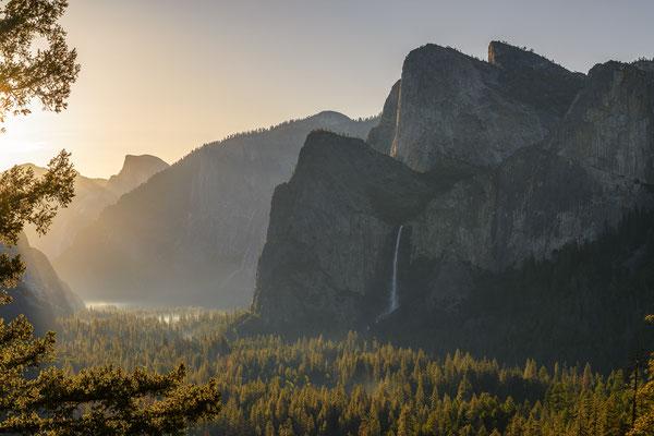 Sonnenaufgang im Yosemite Valley - Yosemite NP, Kalifornien