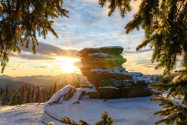Sonnenuntergang im Winter am Teufelstein, Fischbach
