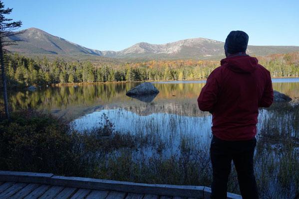 Ein wunderschöner Morgen am Sandy Stream Pond in Maine