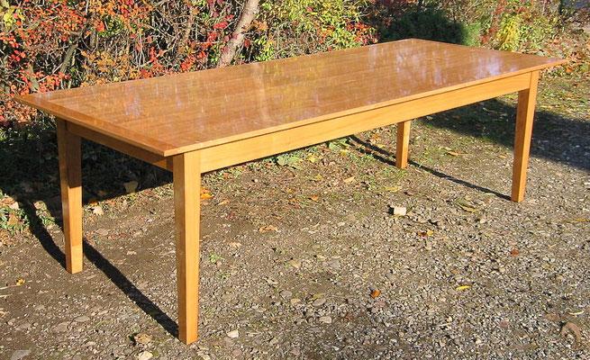 Bau- und Möbelwerkstatt Rainer Freialdenhoven Tische
