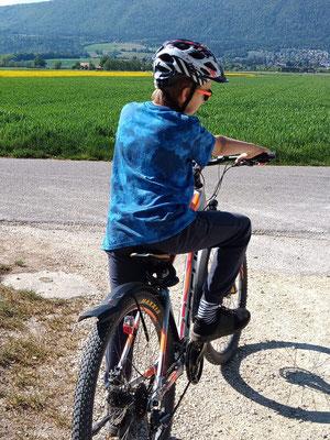 Und auch die Radfahrer legen wieder los. Yanik (Junior C) trainiert seine Ausdauer am liebsten auf zwei Rädern.