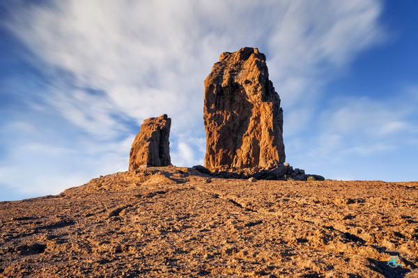 Roque Rana (Froschfelsen) und Roque Nublo (Wolkenfels) auf dem Gipfelplateau des Roque Nublo