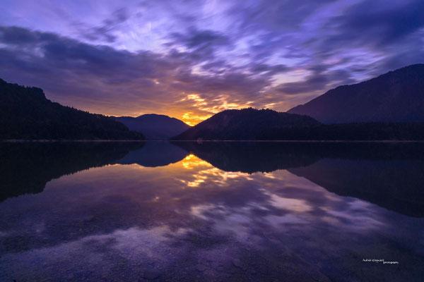 'Sonnenaufgang am Sylvensteinspeicher'