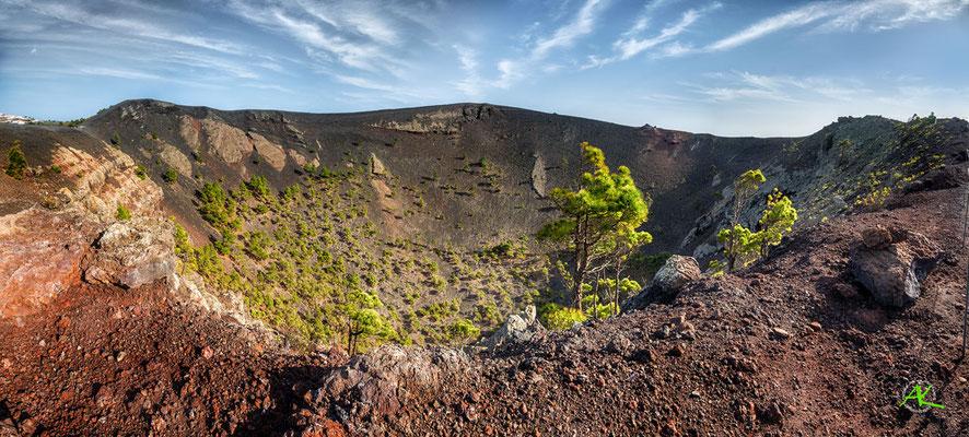 Krater des Volcan San Antonio