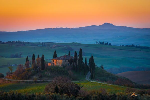 'Podere Belvedere im ersten Licht des Tages' Val D'Orcia, Toscana