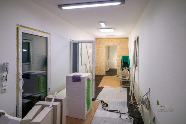 """Container """"A"""", Zwischenwand Schlafzimmer - Lagerraum"""