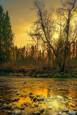 'Glühender Januar- Sonnenuntergang an der Manfall'