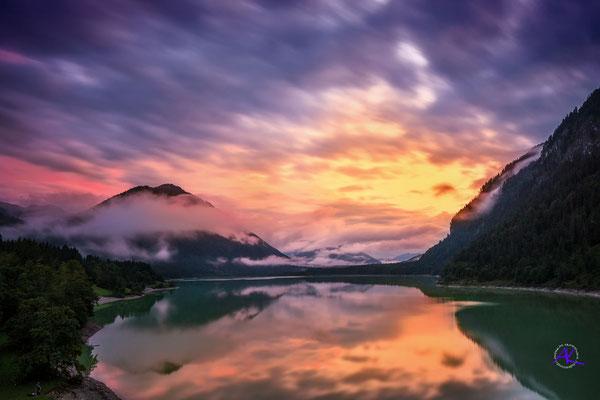 'Sonnenuntergang am Sylvensteinspeicher'