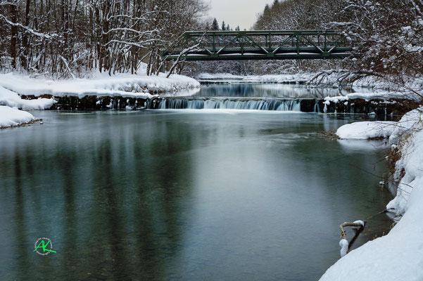 'Winterstimmung an der alten Stahlbrücke' Mangfall