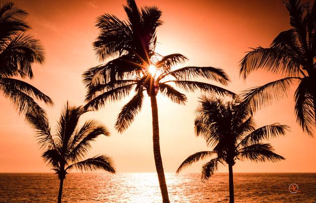 Abends an der Strandpromenade von Puerto de Naos