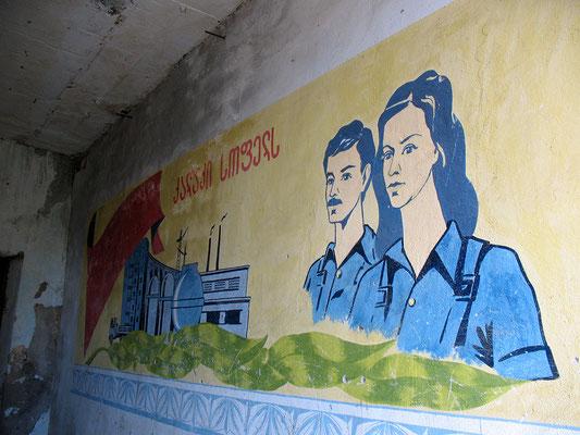 Sovjetkunst im stillgelegten Gefängnis von Kutaissi, Georgien; 25.10.2014