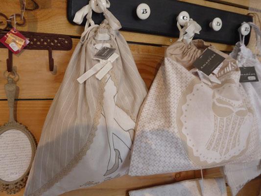 Sacs à linge en coton décoration Idego