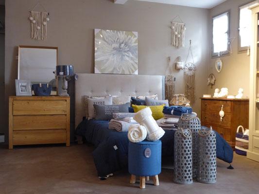 Linge de maison, draps, rideaux, peignoirs enfant boulevard Genevet à Chateaurenard