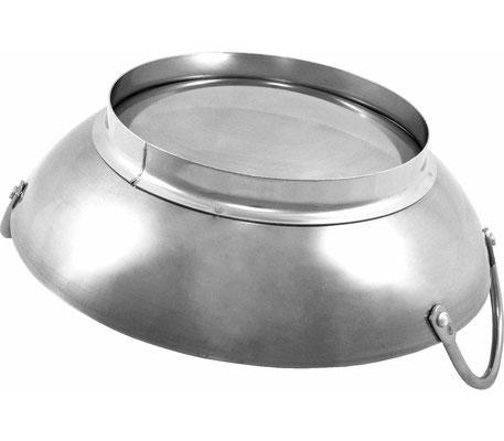 Miniwok mit gelötetem Anti-Rutsch-Ring am Boden für einen passgenauen Sitz auf dem Rechaud. Kein Verrutschen mehr und damit auch kein Auskippen Ihrer Speisen.