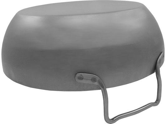 Ansicht von unten. Frittierpfanne mit geradem Boden geeignet für Kochen mit Induktion und Gasherden.