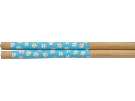 Stäbchen mit blauem Blumen-Motiv