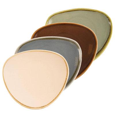 Dreieckteller Olympia Kiln aus handbemaltem Porzellan GP326. In verschiedenen Größen und Farben erhältlich.