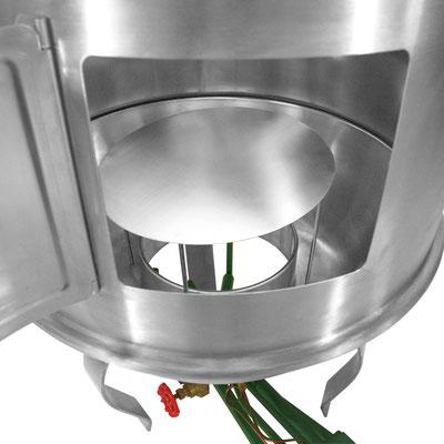 Anwendungsbeispiel im Entenofen. Schützt z. B. Ihren Gasbrenner vor heruntertropfendem Fett.