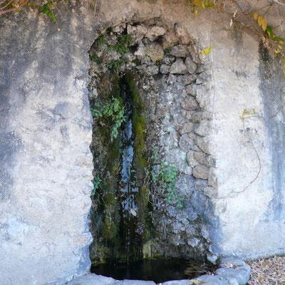 Domaine de Charance, fontaine, jardin, Gap, Hautes Alpes