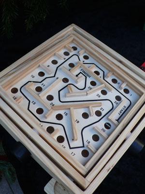 L'Abondance, jouet en bois, labyrinthe, Marché de Noël de Gap, Hautes Alpes