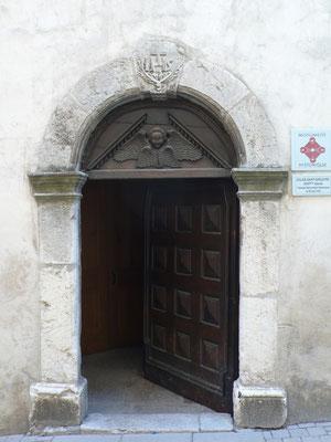 Tallard, Vue, Lanscape, Eglise, Porte, Hautes Alpes