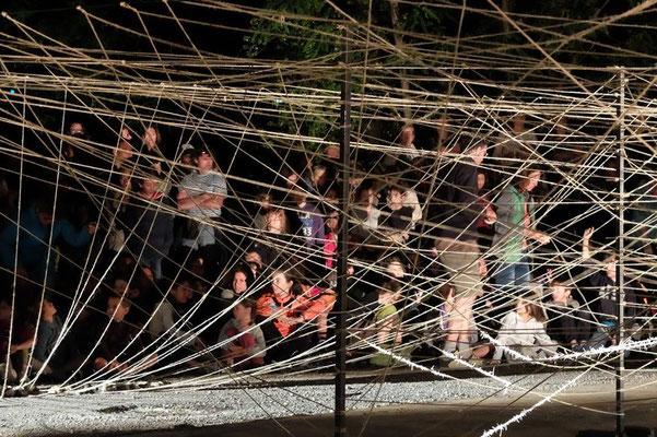 C'est pas là, c'est par là, Juhyung Lee, Festival Tous Dehors (Enfin)!, arts de la rue, Gap, Hautes Alpes