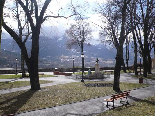 Embrun, Hautes Alpes, Jardin de l'Archevêché
