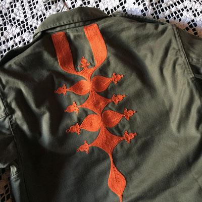 100 escales, boutique en ligne, veste militaire brodée, motifs berbères