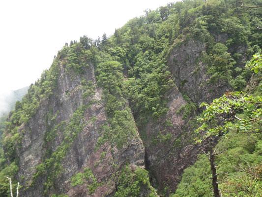 大迫力っ!!!の岩山です!
