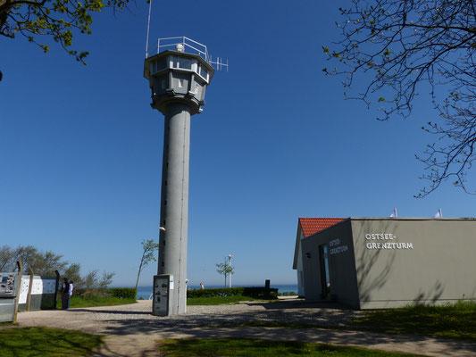 letzter erhaltener Grenzturm an der Ostsee in Kühlungsborn