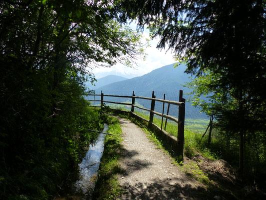 Waalweg im Vinschgau über Mals