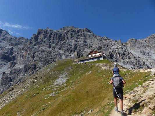 Weg zur Tabarettahütte (2556 m)
