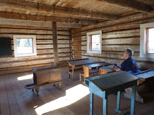 alte Schule im Freiluftmuseum Fort Selkirk, Yukon
