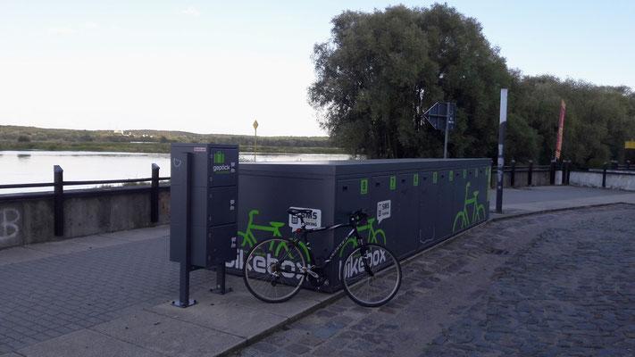 Fahrradbox an der Oder in Frankfurt (Oder)