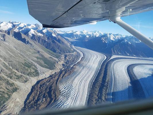 Flug über den Kluane Isefield
