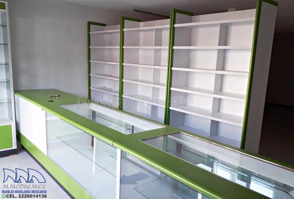 Mostradores y vitrinas de madera para farmacia