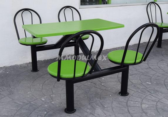 Mesas metálicas con cubiertas de fibra de vidrio