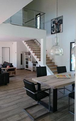 Maison neuve dans les Landes vue interieure avec mezzanine - Construction Bernard Lacaze et Fils