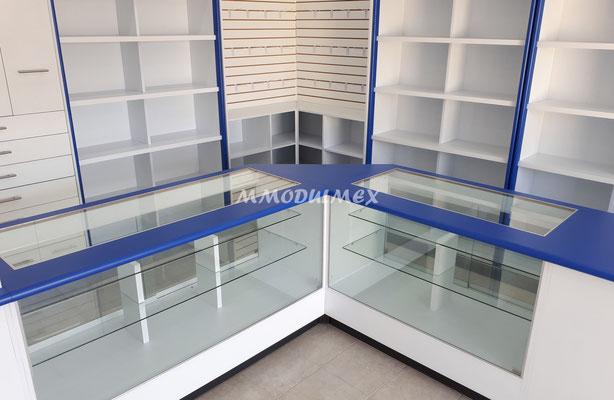 mostradores y vitrinas para farmacia