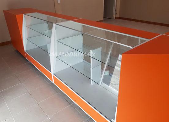Vitrinas para joyerías,  vitrinas para ópticas, vitrinas para negocios