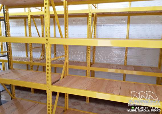 Muebles para ferreteria, mostradores para ferretería, góndolas para ferretería,racks para ferretería, muebles para ferretería