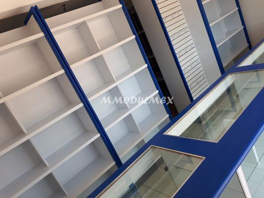 Anaqueles, Mostradores y vitrinas de madera para tiendas, papelerías y farmacias