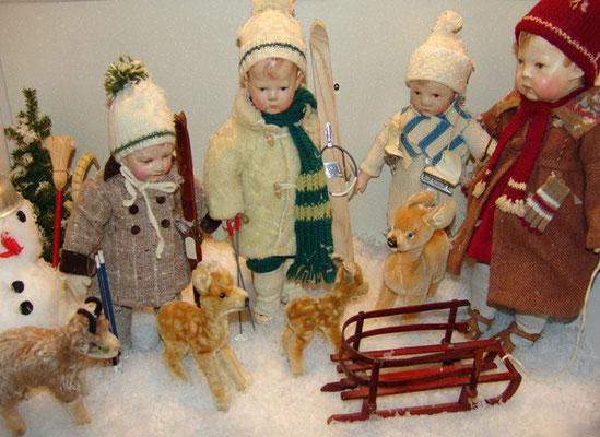 Käthe Kruse-Puppen im Schnee  (Foto: ZVG)